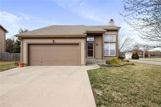16304 S Central Street, Olathe, KS 66062 (MLS #2309115) :: Stone & Story Real Estate Group