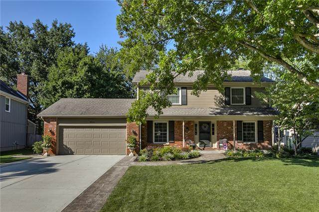 9315 W 113th Street, Overland Park, KS 66210 (MLS #2309320) :: Stone & Story Real Estate Group