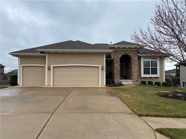 10783 S Brownridge Street, Olathe, KS 66061 (#2309327) :: Audra Heller and Associates