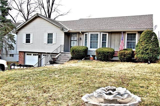 9928 Taylor Drive, Overland Park, KS 66212 (#2309380) :: Five-Star Homes