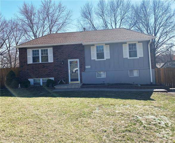 19705 E Millhaven Street, Independence, MO 64056 (#2309408) :: Beginnings KC Team