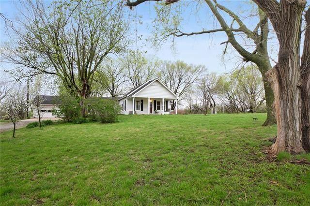 16720 S Boardman Road, Pleasant Hill, MO 64080 (#2309457) :: Five-Star Homes