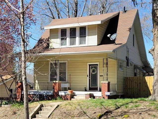 2903 Edmond Street, St Joseph, MO 64501 (#2309460) :: Audra Heller and Associates