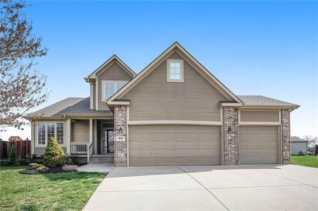 1602 Kentucky Drive, Pleasant Hill, MO 64080 (#2309573) :: Five-Star Homes