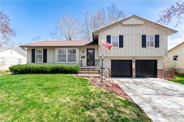8925 Craig Drive, Overland Park, KS 66212 (#2309677) :: Dani Beyer Real Estate