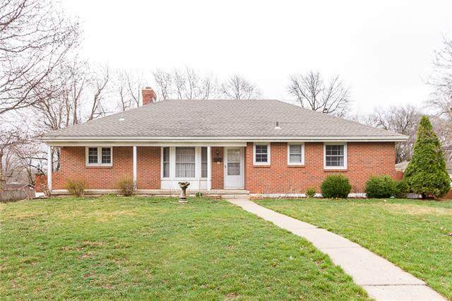 6305 Ralston Avenue, Raytown, MO 64133 (MLS #2309758) :: Stone & Story Real Estate Group