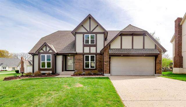13448 W 106th Street, Overland Park, KS 66215 (MLS #2309773) :: Stone & Story Real Estate Group