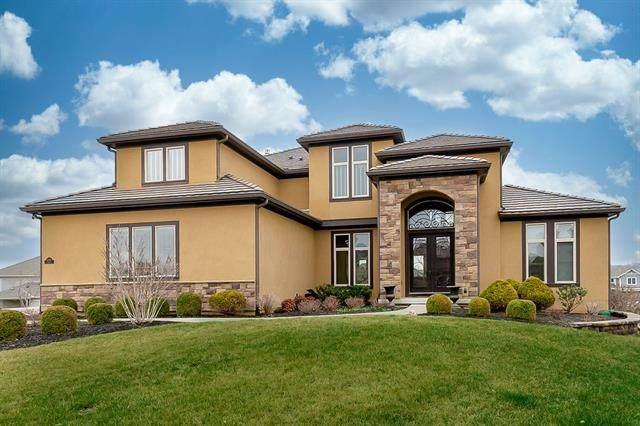 15745 Falmouth Street, Overland Park, KS 66224 (#2310160) :: Ron Henderson & Associates