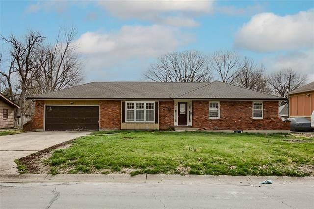 8749 Arlington Avenue, Raytown, MO 64138 (#2310262) :: Five-Star Homes