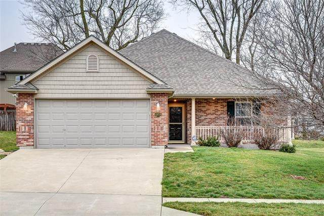 19208 E 19TH STREET Court, Independence, MO 64057 (#2310321) :: Ron Henderson & Associates