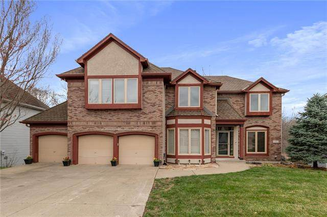6590 NW Monticello Drive, Parkville, MO 64152 (#2310480) :: Eric Craig Real Estate Team