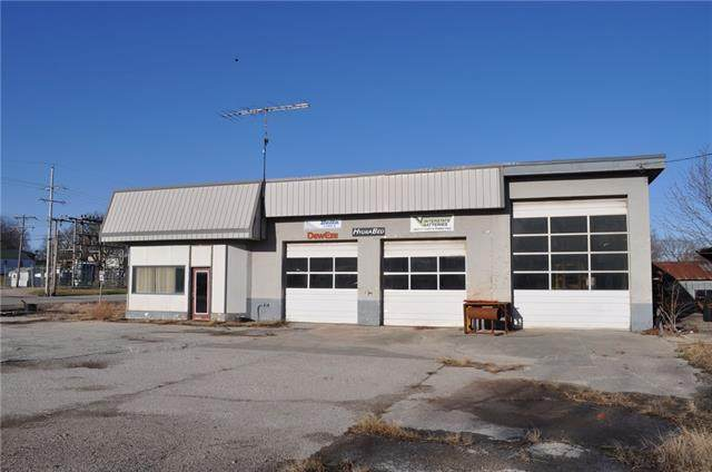 301 N Connecticut Street, King City, MO 64463 (#2310606) :: The Rucker Group