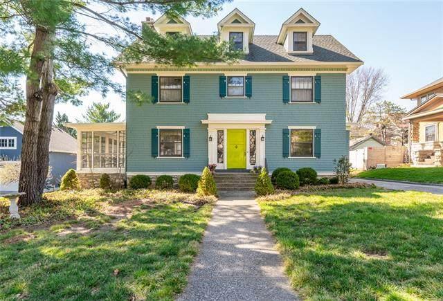 15 E 56th Terrace, Kansas City, MO 64113 (#2310615) :: Eric Craig Real Estate Team