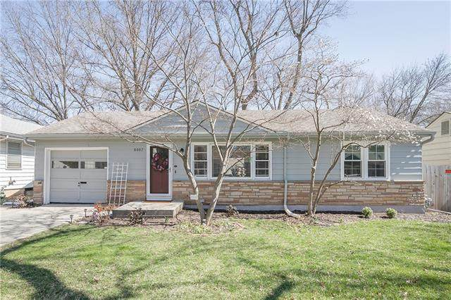 8007 Madison Street, Kansas City, MO 64114 (MLS #2310726) :: Stone & Story Real Estate Group