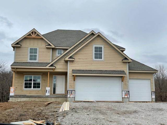 2204 Foxtail Drive, Kearney, MO 64060 (MLS #2310741) :: Stone & Story Real Estate Group