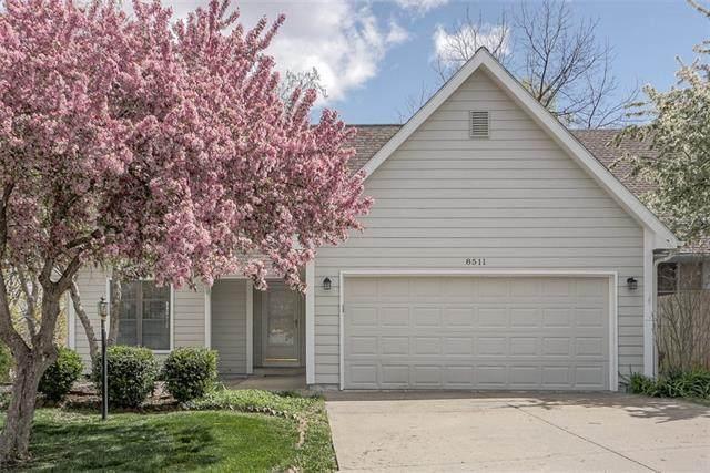 8511 N Chatham Avenue, Kansas City, MO 64154 (#2310775) :: Team Real Estate