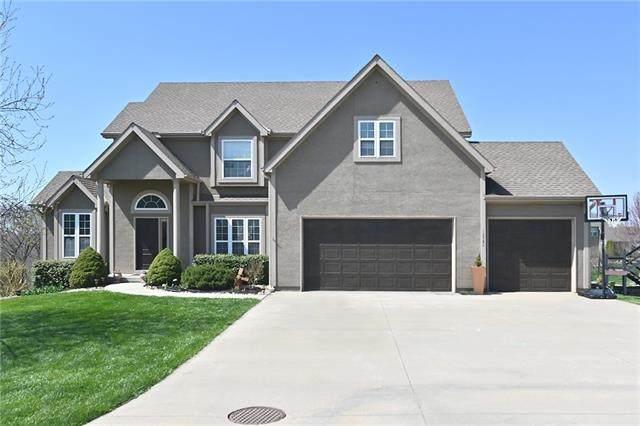12580 NW Oak Grove Lane, Platte City, MO 64079 (#2310811) :: Beginnings KC Team