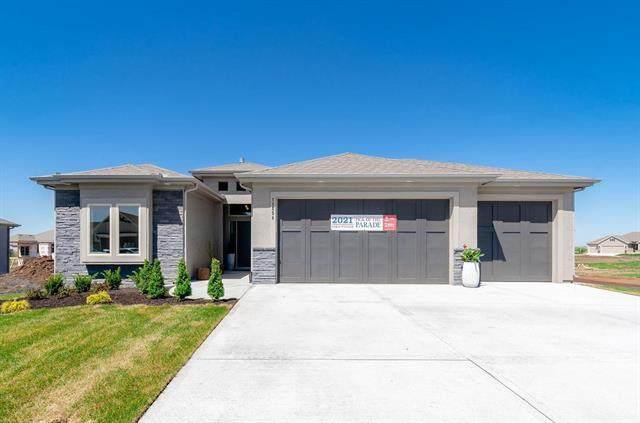 11254 S Violet Street, Olathe, KS 66061 (#2310820) :: Eric Craig Real Estate Team