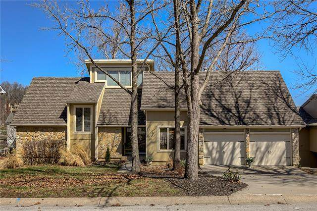 224 NW Locust Street, Lee's Summit, MO 64064 (#2310856) :: Beginnings KC Team