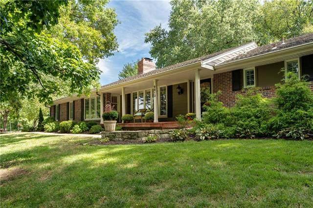 9813 Lee Boulevard, Leawood, KS 66206 (#2310888) :: Five-Star Homes