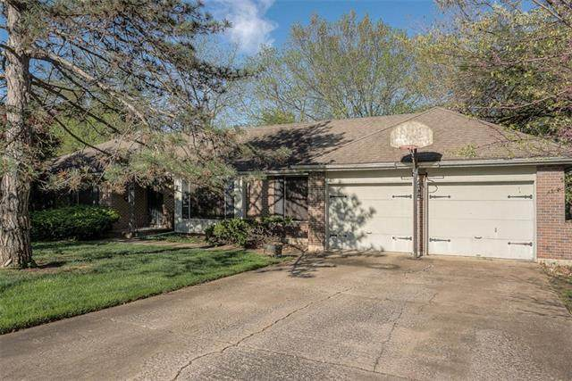 6344 Mackey Street, Merriam, KS 66202 (#2311091) :: Team Real Estate