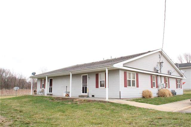 1102 Colonial Drive, Lathrop, MO 64465 (#2311100) :: The Shannon Lyon Group - ReeceNichols