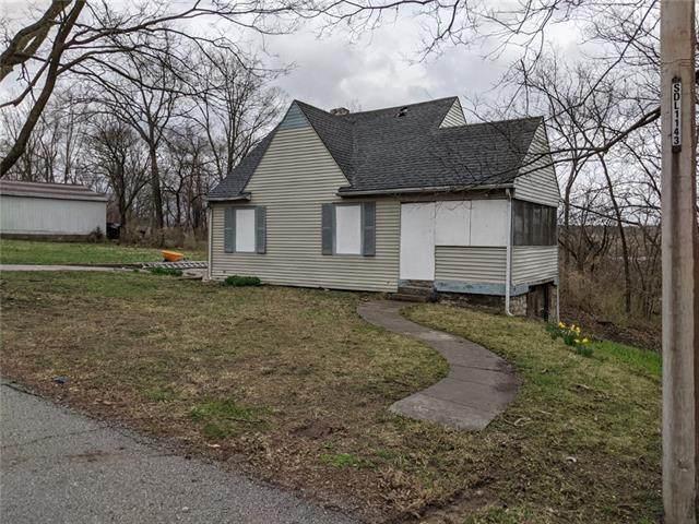 8031 College Avenue, Kansas City, MO 64132 (#2311261) :: Five-Star Homes