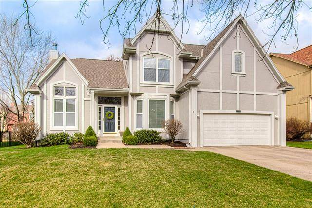 13938 Ash Street, Overland Park, KS 66224 (#2311281) :: Five-Star Homes