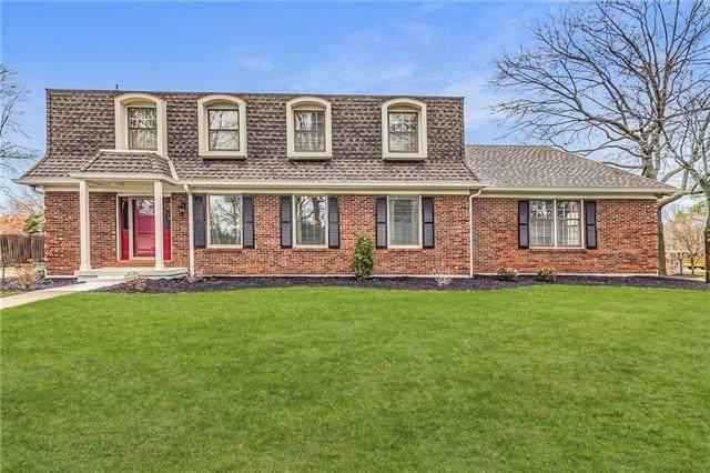 12300 Pawnee Lane, Leawood, KS 66209 (#2311301) :: Dani Beyer Real Estate
