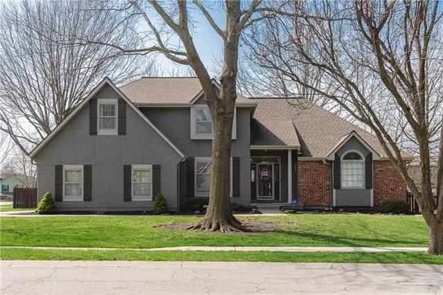 1028 SE Bordner Drive, Lee's Summit, MO 64081 (#2311369) :: Five-Star Homes