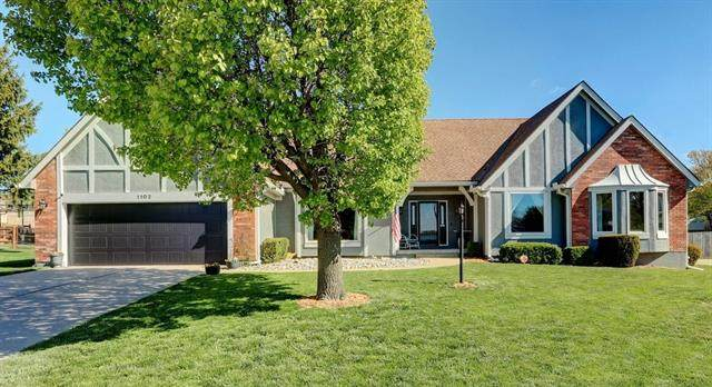 1102 Johnston Drive, Raymore, MO 64083 (#2311460) :: Audra Heller and Associates