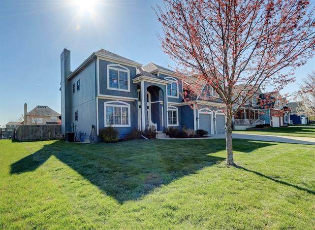 1505 SW 41st Street, Lee's Summit, MO 64082 (#2311523) :: The Rucker Group