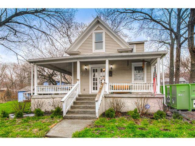 428 W Franklin Street, Liberty, MO 64068 (MLS #2311665) :: Stone & Story Real Estate Group