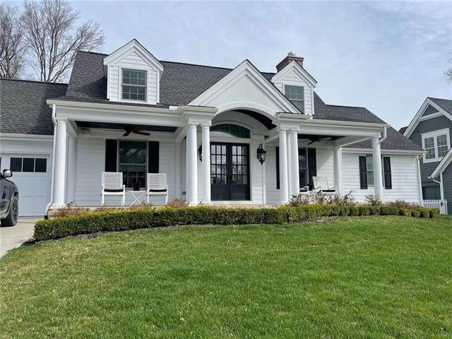 4626 Tomahawk Road, Prairie Village, KS 66208 (#2311957) :: Audra Heller and Associates