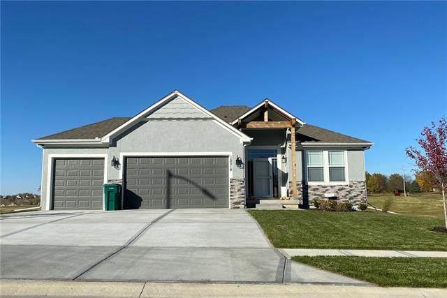 15630 Lakeside Drive, Basehor, KS 66007 (#2311978) :: Ask Cathy Marketing Group, LLC