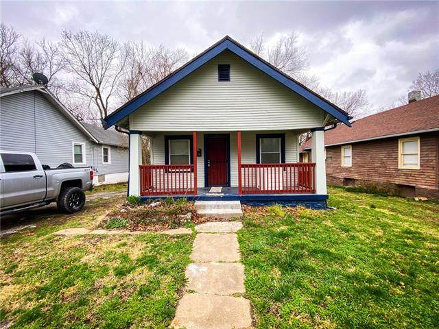7110 College Avenue, Kansas City, MO 64132 (MLS #2312045) :: Stone & Story Real Estate Group