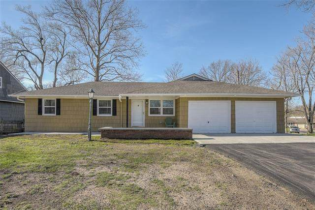 801 E 117th Street, Kansas City, MO 64131 (MLS #2312121) :: Stone & Story Real Estate Group