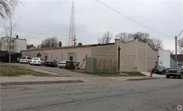 3244 Holmes Street, Kansas City, MO 64109 (#2312268) :: The Shannon Lyon Group - ReeceNichols