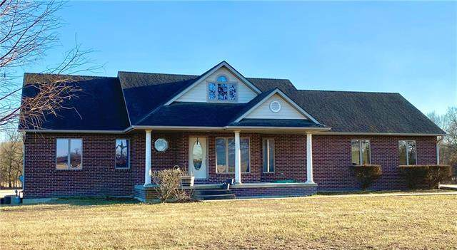 2001 Stirling Drive, Butler, MO 64730 (MLS #2312275) :: Stone & Story Real Estate Group