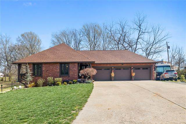 3725 S Union Street, Independence, MO 64055 (#2312415) :: Ask Cathy Marketing Group, LLC