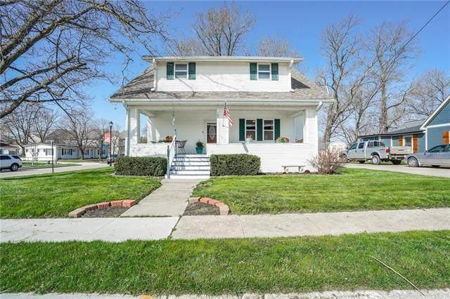 100 N Mill Street, Smithville, MO 64089 (#2312416) :: Ron Henderson & Associates