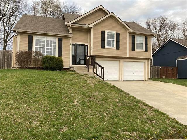 106 Echo Ridge Street, Buckner, MO 64016 (#2312512) :: Team Real Estate