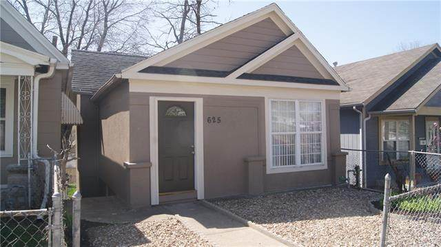 625 Ohio Avenue, Kansas City, KS 66101 (MLS #2312560) :: Stone & Story Real Estate Group