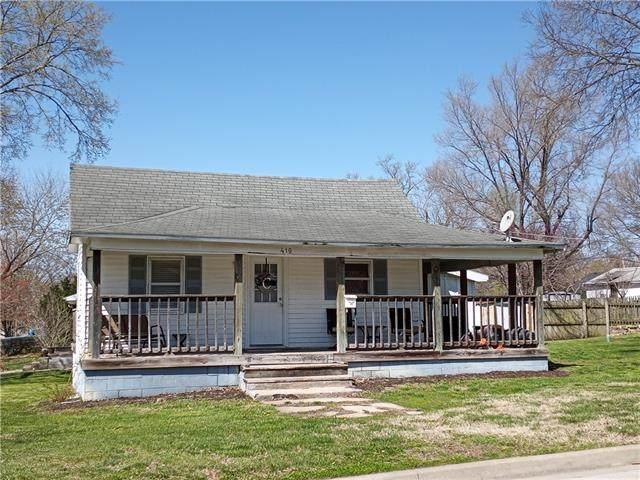 410 E Osage Street, Paola, KS 66071 (#2312584) :: Dani Beyer Real Estate