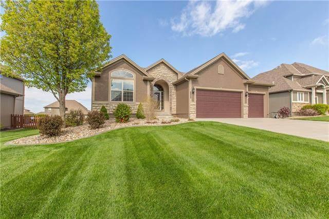 9900 N Kentucky Avenue, Kansas City, MO 64157 (#2312592) :: Eric Craig Real Estate Team