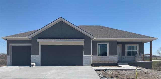 18833 Redbud Lane, Spring Hill, KS 66083 (MLS #2312604) :: Stone & Story Real Estate Group