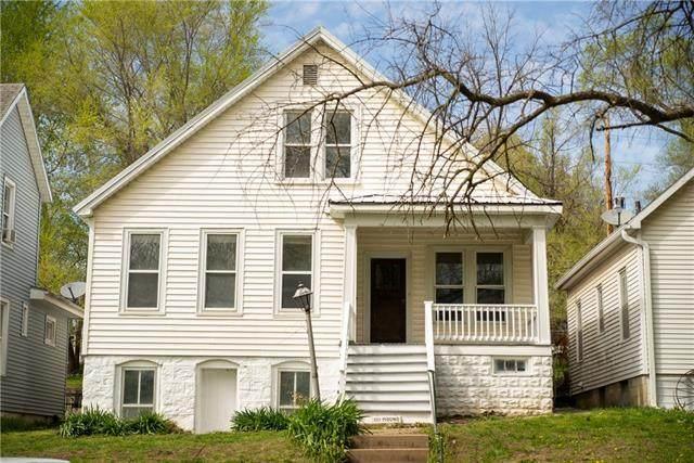 1111 Mound Street, Atchison, KS 66002 (#2312641) :: Ron Henderson & Associates