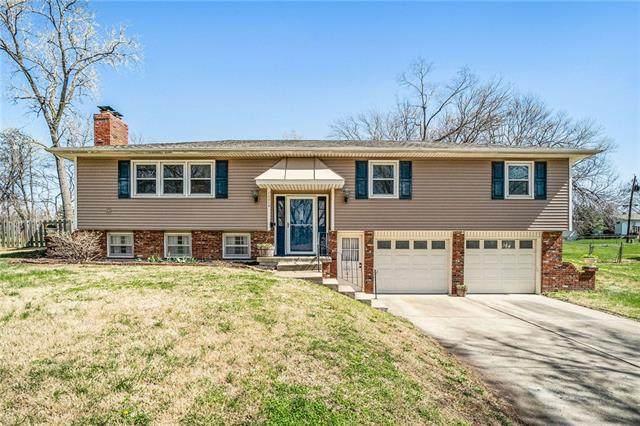 12514 W 52nd Street, Shawnee, KS 66216 (#2312765) :: Dani Beyer Real Estate
