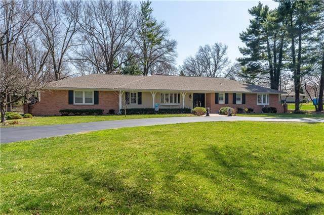 8509 Reinhardt Lane, Leawood, KS 66206 (#2312782) :: Ron Henderson & Associates