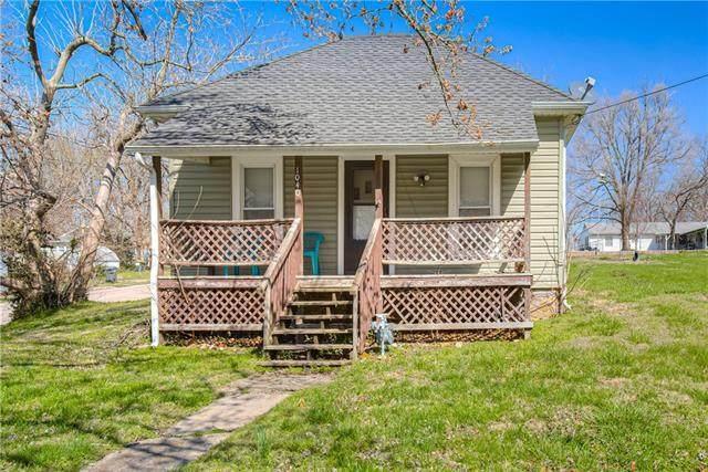 1040 Walnut Street, Osawatomie, KS 66064 (#2313016) :: The Rucker Group